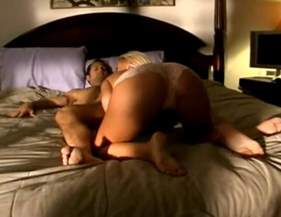 erotic non nudes pics