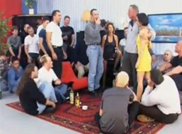 imagen 15 hombres follando con una madurita