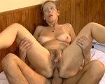 imagen orgasmo anal de una madurita amateur