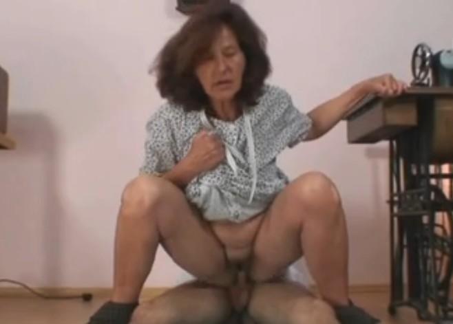Pornos de viejas gratis