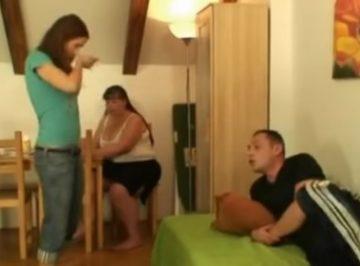 imagen Joven se folla a la madre de su novio