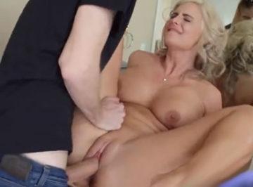 imagen Follada a la mujer cuarentona de su jefe