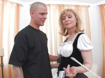imagen El hijo de la dueña se folla a la sirvienta