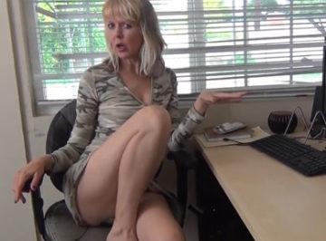 imagen Compañera de trabajo madurita quería que me corriera dentro