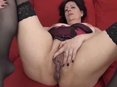 Lesbian seduction by milf