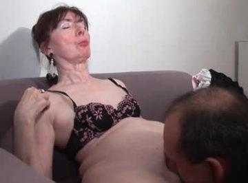 imagen La vieja vuelve a disfrutar del sexo de nuevo