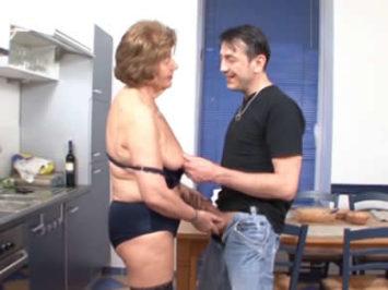 abuela cocina