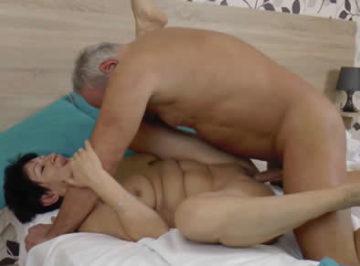 imagen Matrimonio de viejos alemanes follando