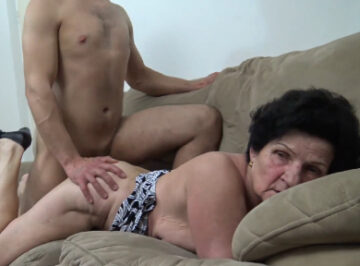 imagen Anciana de 75 años follada por un follaviejas