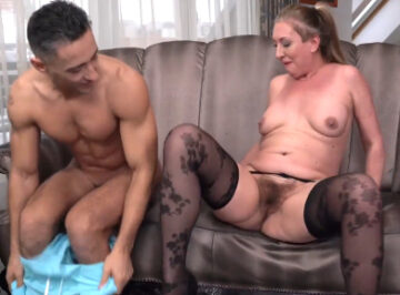 imagen La vieja seduce a su vecino