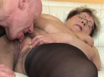 imagen Gorda de 77 años se folla a su amante