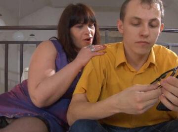 imagen Hijo, ¿Crees que mamá es sexy?