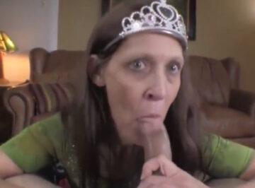 imagen Su madre era una reina para él