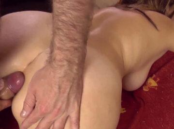 imagen Milf follada por el culo por su amante