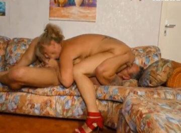 imagen Menudo polvazo con la vecina casada